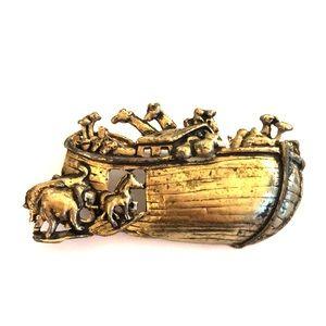 Jewelry - ✨✝️ Vintage Noah's Arc Pin✝️✨